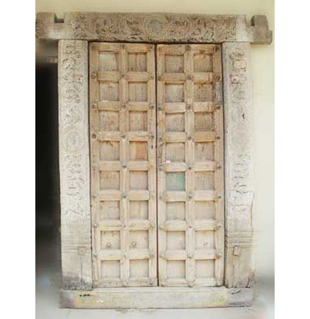 Old Antique Carved Door - Arts Unlimited India Udaipur Rajasthan India |Old Antique